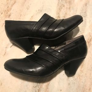 Life Stride Black Bootie  8